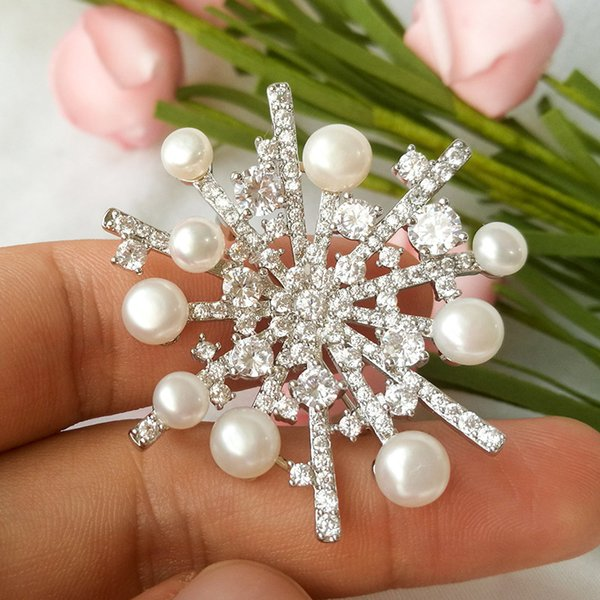 XZ1502 Ancient Celestial Music With Micro - Inlaid Zirconium Natural Stone Freshwater Pearl Large Snowflake High Files Brooch A911