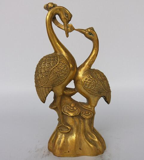 The store selling hot copper metal crafts, animal sculpture ornaments, a harmonious union lasting a hundred