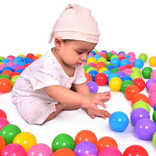 100 pcs Ecológico Colorido Bola De Plástico Brinquedos Macios Bolas Do Oceano para a Piscina Bebê Nadar Pit Toy Stress Air Ball Esportes Ao Ar Livre