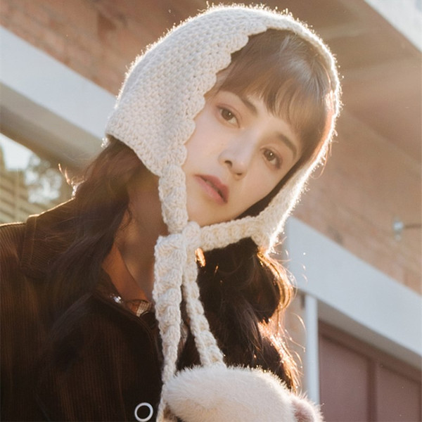 EOEODOIT Women 2018 Winter Sweet Lolita Caps For Girls Bomber Hats Warm Thick Knitted Warm Ear Protector Lace Up Caps Snow Hat
