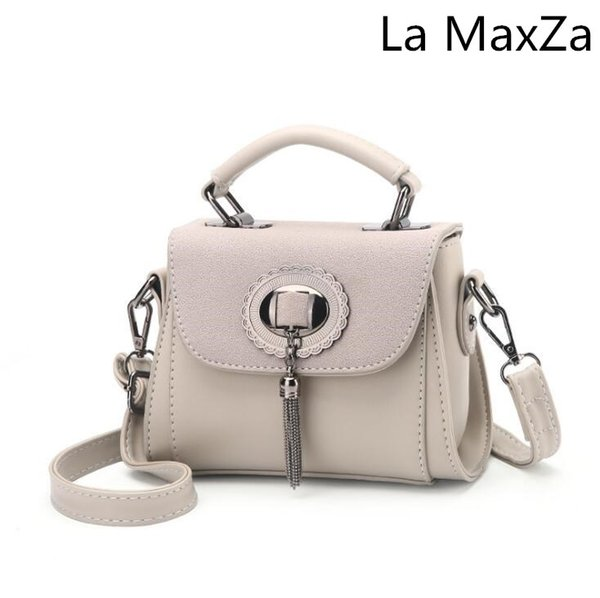 La MaxZa Women's bag 2018 new fashion flip tassel trend mobile handbags shoulder bag