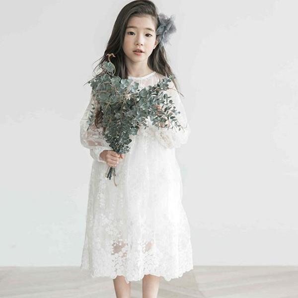 Vestido de niña de niños 2018 Primavera y verano Chicas coreanas Mangas largas Vestidos de encaje Color sólido Vestido largo de encaje