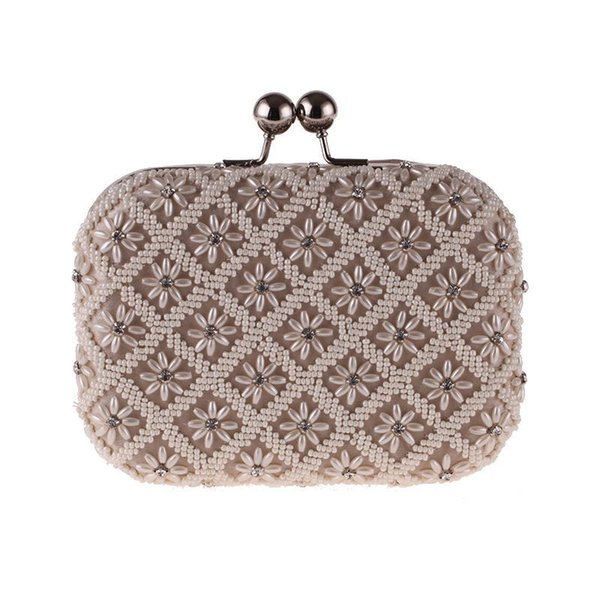 New Women's Square Dinner Bag Dress Evening Party And Wedding Bag Pearl Diamonds Hand Shell Clucth