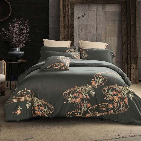 Embroidered Ensembles de literie Luxury bed comforters set queen size bedding 60s Royal Egyptian Cotton Silky 4pcs Duvet Cover Bed sheet