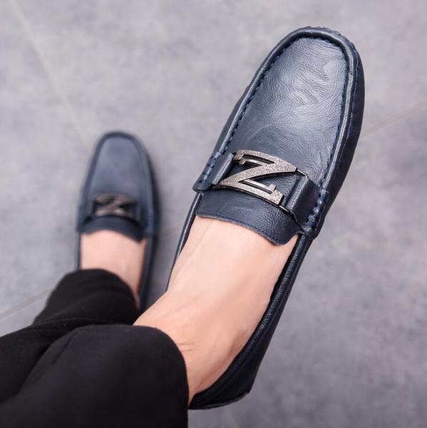 Yeni erkek hakiki deri ayakkabı trendi vahşi kişilik bezelye ayakkabı mens moda dört mevsim gençlik rahat ayakkabılar tembel sürücü ayakkabı B31