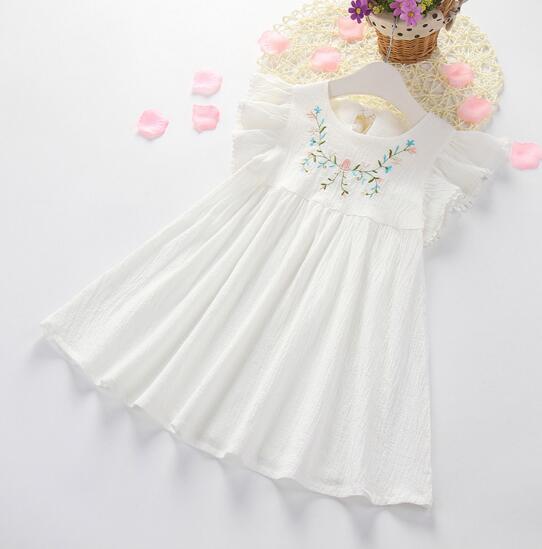 Nova Menina Roupas Crianças Flor Bordado Vestido Branco de Manga Curta de Verão 100% algodão Vestido Legal