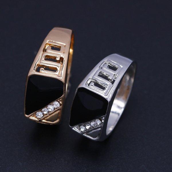 Nova moda de Prata / Ouro-cor Strass Anel Homens Esmalte Preto Masculino Anéis de Dedo triângulo gotejamento anel de jóias rápido frete grátis