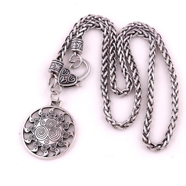 Grange Spirals Ireland Amuleto Charm Colgante Collar Joyería Servicio de Garantía de Comercio