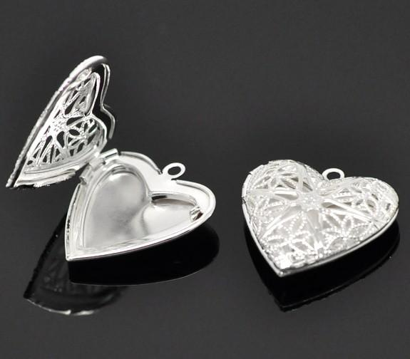 Wholesale free shipping 100 PCS copper heart-shaped silver plated hollow out 26 x26mm frame head pendant