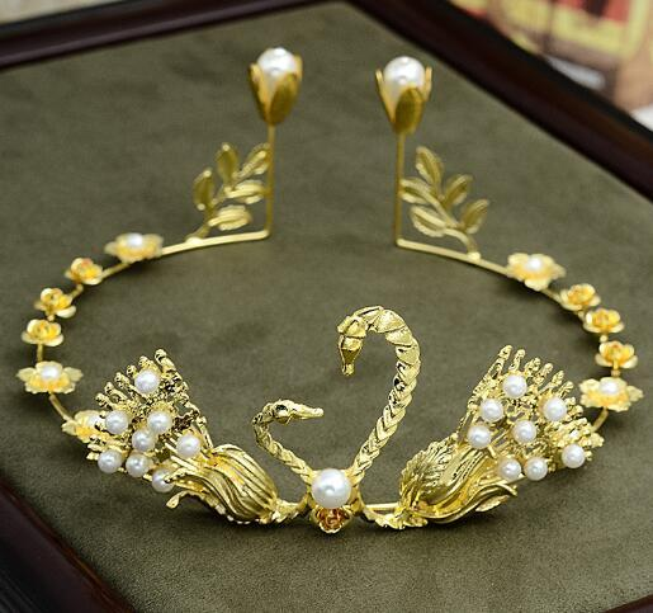 Cake baking, birthday accessories, crown Swan golden silver headwear decorations, Phoenix alloy hoop Pearl