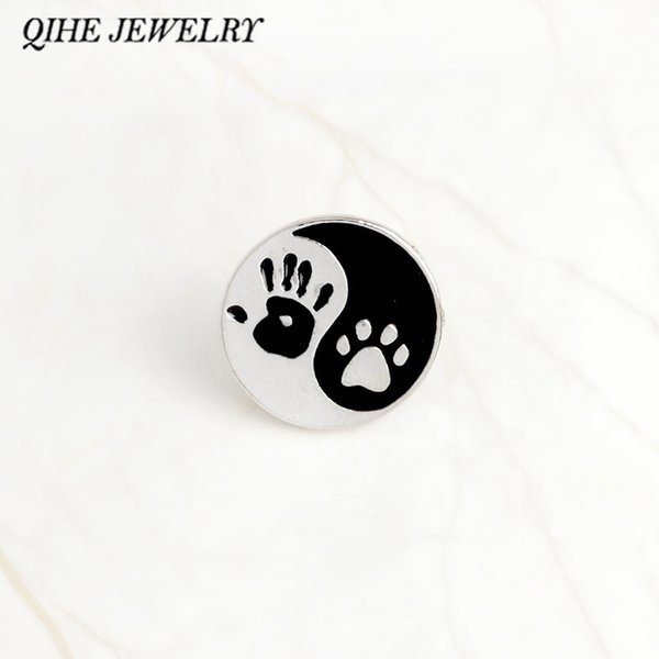 QIHE JEWELRY Taiji Ying yang black and white round pendant Human hand print and dog paw print pins Lapel pin Badge Best friend