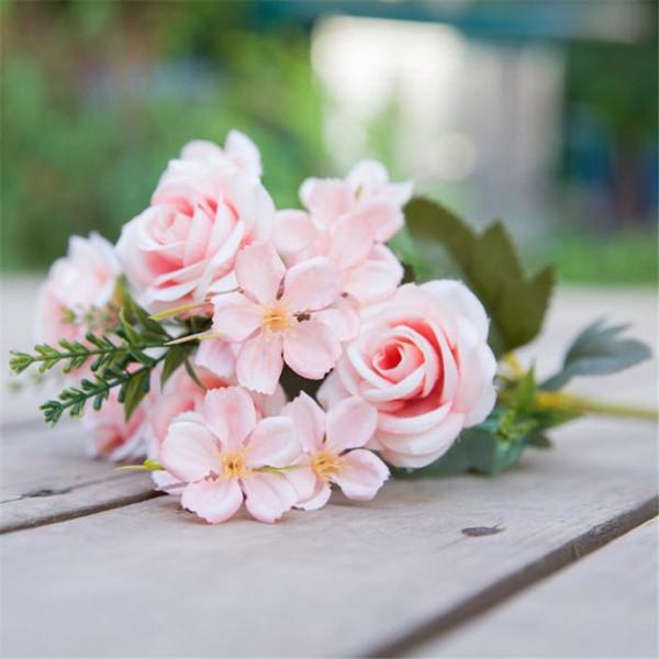 Mazzo Di Fiori Primaverili.Acquista Mazzo Di Rose Primaverili Finte 7 Steli Pezzo Rose Di