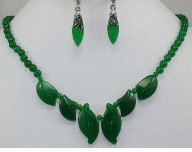 Free Shipping 2 choices wholesale Exquisite light green/Green Natural Stone 18kgp Necklace Earring Set