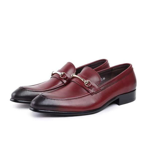Großhandel Hohe Qualität Schwarze Männer Formale Schuhe Runde Kappe Metall Charme Männer Bootsschuhe Beleg Auf Business Freizeit Lederschuhe Für Mann