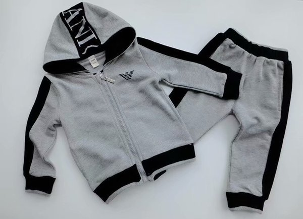 2019 junge Kinder Sets Kinder Baby 1t-9t verkauft beste neue Herbst Junge Shirt Pullover Kapuzenjacke Junge Sport Kapuzenanzug 3 Farbgrößen