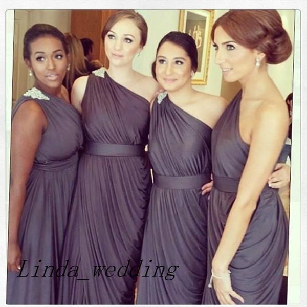 Frete Grátis Cinza Escuro Dama de Honra Vestidos Nova Chegada de Um Ombro Até O Chão Longo Vestido Vestidos Convidado Wedding Party Gown