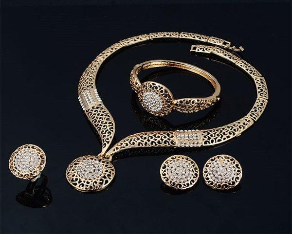 Браслеты Ожерелья Кольца Серьги Комплекты Женщины Мода Rhinestone 18K позолоченный Геометрическая выдалбливают Круги свадебные украшения