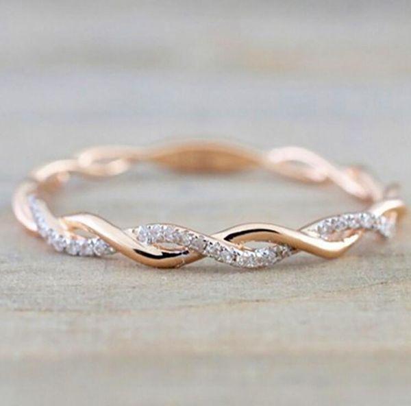 Tasarımcı lüks Düğün Paslanmaz Çelik Kadınlar İnce Rose Gold Renkli Twist Halat İstifleme için takı Yeni Stil Yuvarlak elmas Rings çaldırır