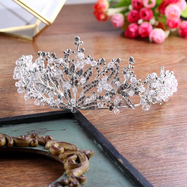 2018 High Quality Silver Tiaras Glinting Floral Charms Rhinestone Encrusted Crystal Handmade Wedding Headpieces Crown Bridal Accessories