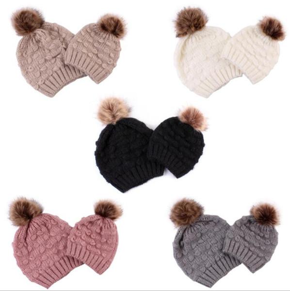 2Pcs/Set Mom And Baby Knitting hat Wool Baby Family Matching Hat Winter Warm Cap Pompom Bobble Beanie Hats KKA6009