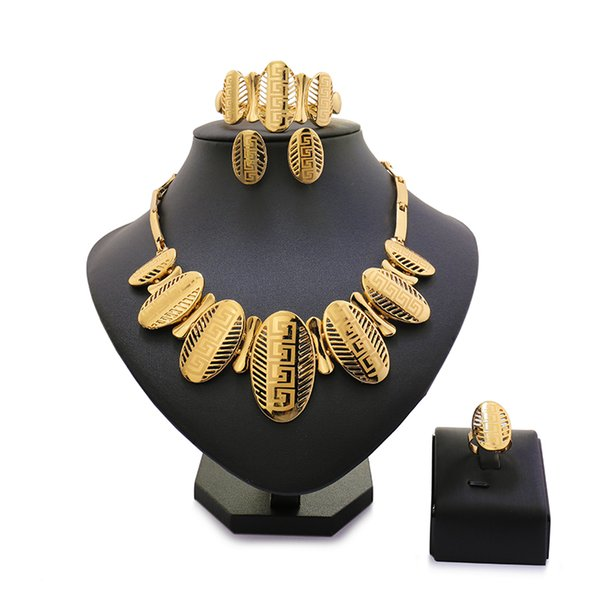 2018 Mary Top Exquisite Dubai Schmuck Set Luxus Gold-Farbe Big Nigerian Wedding African Perlen Schmuck Set Kostüm Design