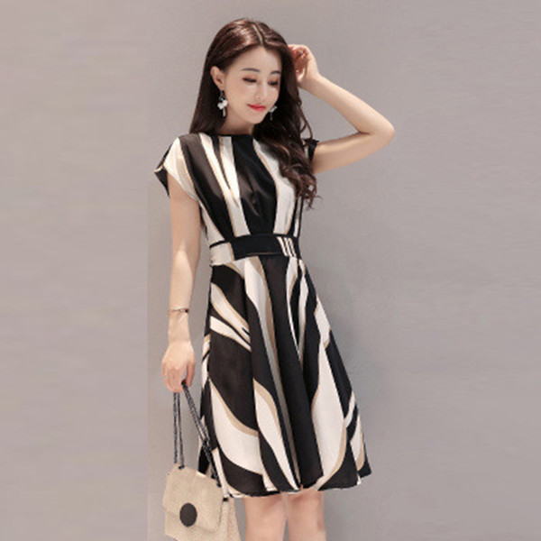 3a818a4772d86 Women Casual Print Silk Summer Knee Length Dress Short Sleeve High Waist  Girl Dress With Belt Vestidos Womens Floral Dress Strapless Party Dresses  ...