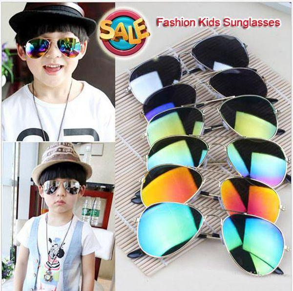 New 2017 Design Children Girls Boys Sunglasses Kids Beach Supplies UV Protective Eyewear Baby Fashion Sunshades Glasses D008