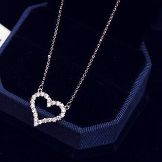 Süße Liebe Herz Anhänger Halskette Aushöhlen Kristall Zirkon Choker Halskette für Frauen Kragen Charms Schmuck Valentinstag geschenk