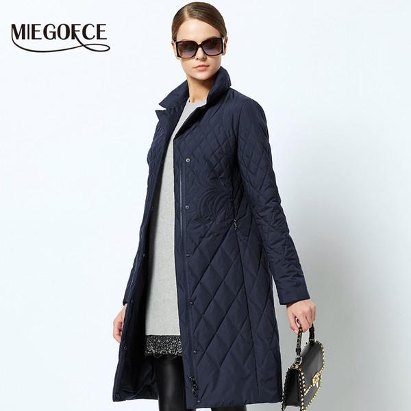 Großhandel 2019 Neue Frühlingsfrauen Parka Mantel Warme Jacke Damen Dünne Baumwolle Gesteppten Mantel Mit Stehkragen Neue Kollektion Von Designer
