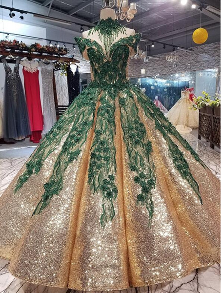 2019 Green Appliques Prom Ball Gown Gold Sequined Quinceanera Dresses Off Shoulder Crystal Beading Prom Dress Big Dance Ball Gown Necklace