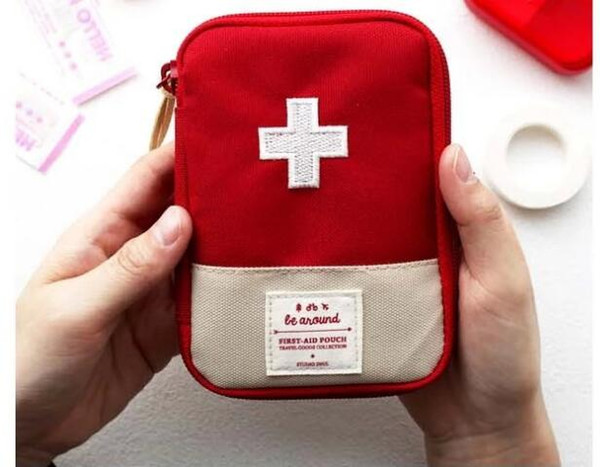 Outdoor Travel Medical Bag First Aid kit Mini Car First Aid kit bag Home Small Medical box Emergency Survival Kit Home Rescue