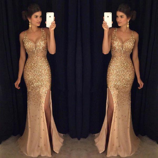 2019 Oro Blingbling Major rebordear alto dividir vestidos de baile con cuello en v cristales moldeados sirena vestidos de noche sexy