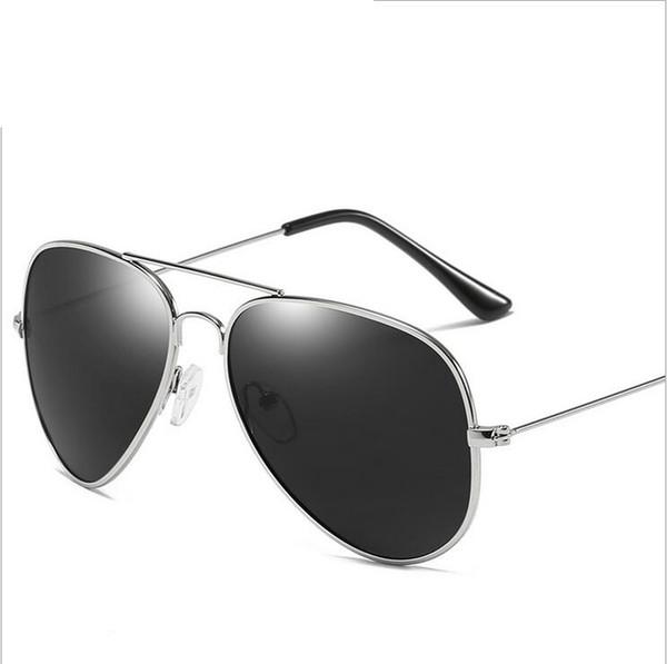 Free shipping Classic Fashion Beach pilot Polarized Sunglasses flash Eyewear Driving Fishing for Men Women A3025