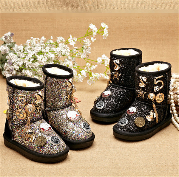 top popular Kids Shoes 2018 Winter Children Girls Cotton Boots Teenager Velvet Thicken Warm Snow Boots Cute Metal Decoration For Kids Christmas Gifts#88 2019