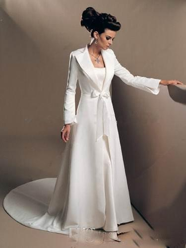 Modest White Winter evening Coats with Long Sleeves Bridal Cloak Jackets Sweep Train Wedding Satin Shrugs Special Occasion Wraps Cheap