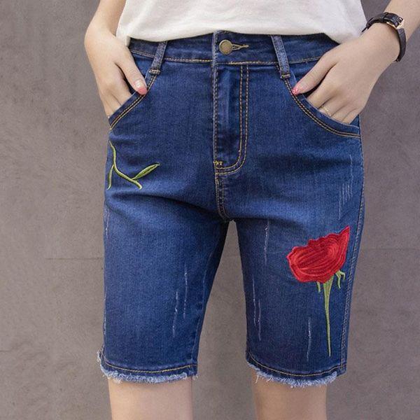 f7cff797ae4 Bordado de la flor Pantalones cortos de verano Pantalones cortos de las  señoras de la moda