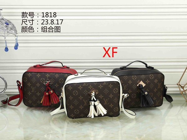 2019 new Design Handbag Ladies Brand Totes Clutch Bag High Quality Classic Shoulder Bags Fashion PU Leather Hand Bags B131