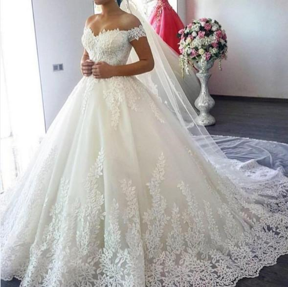 2019 Extravagant Sex Applique Long Ball Gown Wedding Dress Cap Sleeveless  Sweetheart With Appliqued Lace Up Bridal Dresses Bride Dress Gown Wedding  Satin ... 610bcaf3bcb6