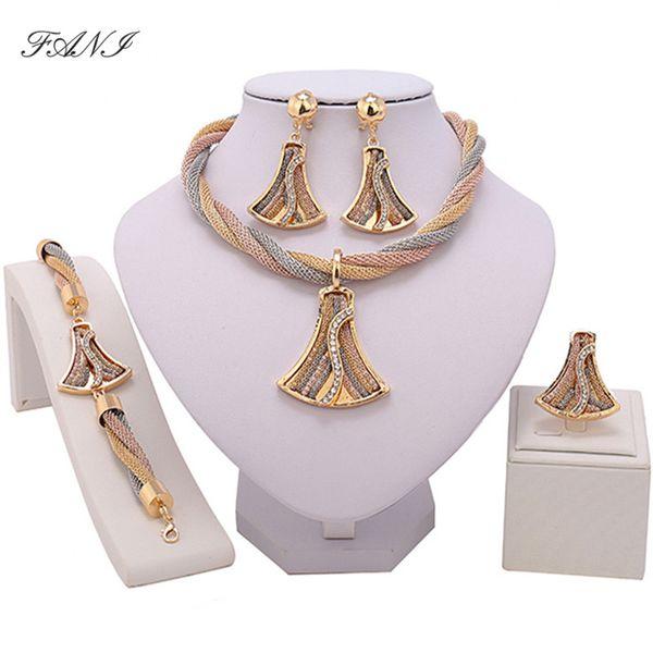 Fani Exquisite Dubai gold Jewelry Set Wholesale Luxury Nigerian Woman Wedding Fashion African Beads Jewelry Set Costume Design