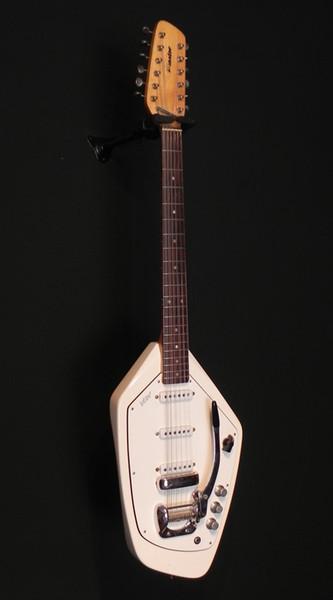 Custom 12 Strings 60s Vox Phantom White Electric Guitar Rare Shaped Body, 3 Single Coil Pickups, White Pickguard, Vintage Kluson Tuners