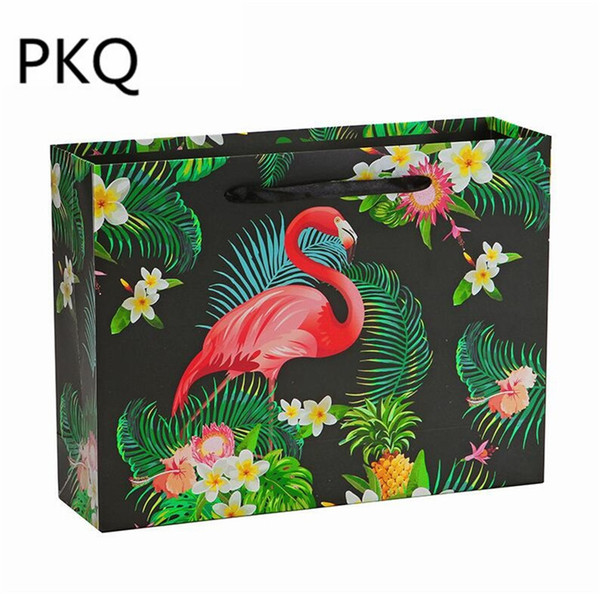 10pcs/lot 17x6x15cm Flamingos paper gift bag for Cosmetic clothing shopping Multifunction Festival wedding party gift packaging
