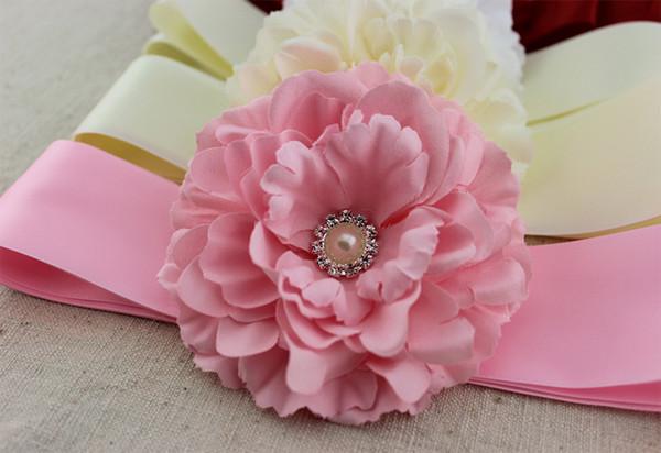 Sconto Crystal Wedding Sashes Flower Girls Jewelry Accessori da sposa economici Cintura di peonia alla moda Regali di Natale Abiti da sera
