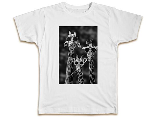 Sun Glasses Giraffe T-Shirt Mens Womens Funny Cool Animals Birthday Gift