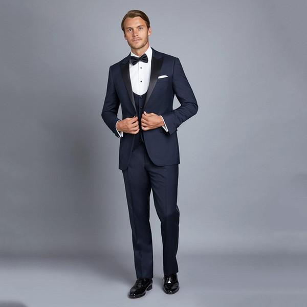 Veste bleu marine avec pantalon noir
