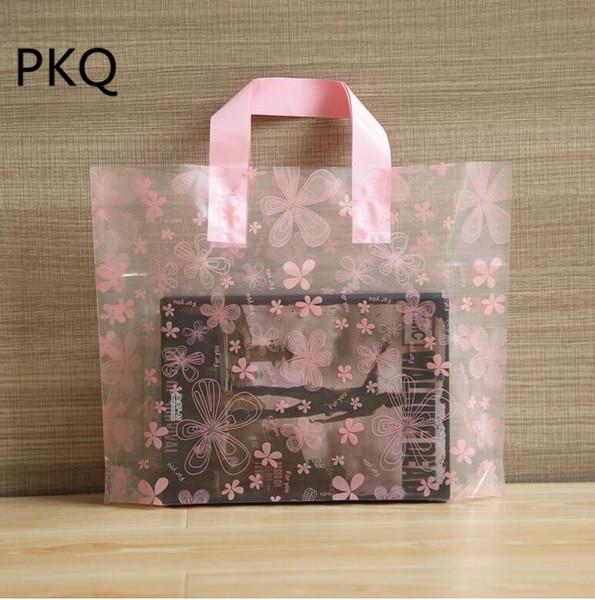 33x25x6cm 50pcs Grande fleur imprimée Sac cadeau rose / bleu clair avec poignée Sac de cadeau en plastique pour boutique