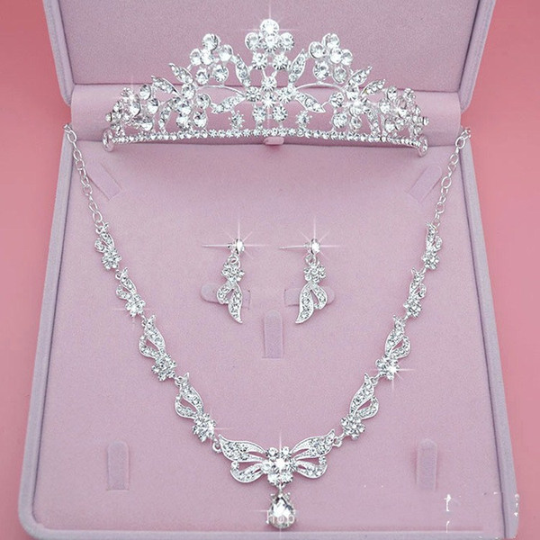 Beautiful Bridal Jewelry Set Three Piece Crown Earring Necklace Jewelry Bling Bling Wedding Accessories Cheap Sale Ladies Party Accessories