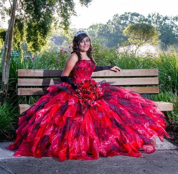 2018 Vestidos largos de quinceañera con vestidos largos de bola Dulces vestidos de princesa de 16 años durante 15 años Colorido Personalizar gratis WY236