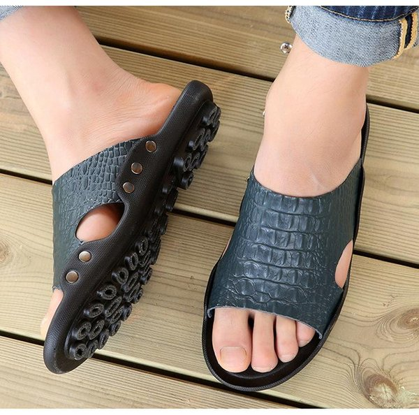 Summer Casual Men Slippers Leather Breathable Antiskid Message Flip Flops Male Beach Shoes Big Size 38-47