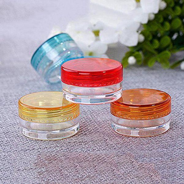 12pcs assortis de pots de maquillage en plastique vides en pots de 5g pour le visage, la lotion, la cosmétique et les contenants cosmétiques contenant des échantillons de bouteilles (assortis)