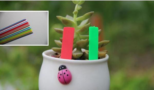 Çevre Renkli 100 Adet / grup Plastik Bitki Etik Bahçe Ekleme Sitesi Etiket Çiçek Eti Takılı Kart Etiketi Süsleme Etiketleri